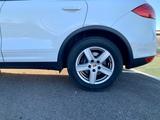 """Vendo llantas 18"""" Porsche Cayenne - foto"""