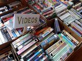No tires tus películas de VHS - foto