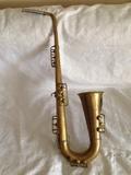 saxo atrezo trompeta - foto