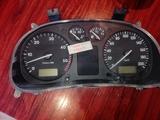 cuentakilómetros de seat arosa - foto