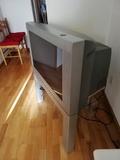 Televisor Philips 32 pulgadas con mueble - foto