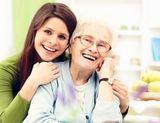 CUIDADORA de personas mayores, EXTERNA - foto