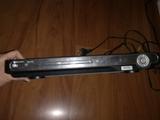 reproductor DVD con sus conectores - foto