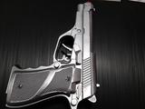 Pistola de juguete y para disfraz - foto