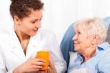 se cuidan personas mayores - foto