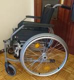 Silla de ruedas para descapacitados - foto