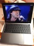 MacBook Pro 13 TouchBar a estrenar - foto