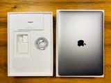 Apple MacBook Air Retina 2019 - foto