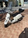 VESPA - GTS 300 - foto