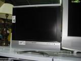 E 144 TELEVISION SHARP 20\\