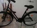 Bicicleta urbana ELOPS negra - foto