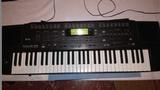 teclado roland E68 - foto