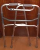 Andador para adultos de aluminio NUEVO - foto