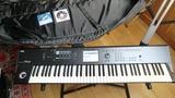 Sintetizador Teclado Piano  Korg M50 73 - foto