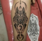 Tatuadora profesional - foto