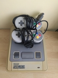 Super Nintendo Pal + dos mandos - foto