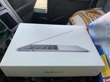 Caja MacBook Pro - foto