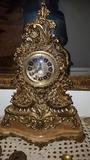reloj antiguo de sbremesa - foto