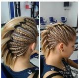 Asesora de imagen y peluquera profesiona - foto
