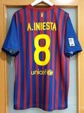 FC BARCELONA 2011/12.  XL.  INIESTA PERFEC - foto