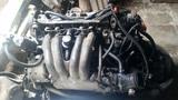 Motor Peugeot 205 GTI y 405 SRI - foto