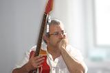 CLASES DE GUITARRA ONLINE Y PRESENCIAL - foto