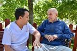 Cuidador interno personas mayores - foto