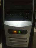 ordenador de sobremesa - foto