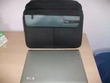 Ordenador portatil Acer y maletin - foto
