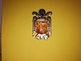Insignia época de Franco escudo España. - foto