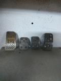 4 pedales Momo - foto