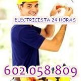 Electricista del Barrio con Experien - foto