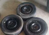llantas y neumáticos 165/70 r13 - foto