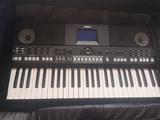 Piano yamaha psr-s 650 - foto