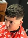 Peluquero y barbero a domicilio - foto