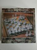 ajedrez tablero y figuras cristal nuevo - foto