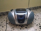 RADIO REPRODUCTOR CD Y CASSETTE