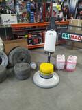 Maquina abrillantadora y pulidora suelos - foto