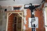 electricista y albañil - foto