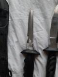 dos cuchillos de pesca submarina - foto