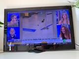 """Samsung Full HD 37"""" con soporte - foto"""