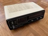 Radio despertador Sanyo vintage - foto