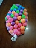 100 pelotas Little Tom de 6 cm - foto