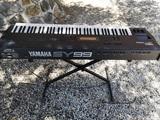 Sintetizador Yamaha SY99 Rolls Royce FM - foto