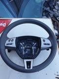 Vendo volante Jaguar XF - foto