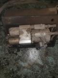 motor de trampilla elevadora hidráulico - foto