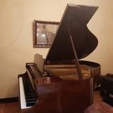 Piano de cola Kawai - foto