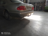 Paragolpes trasero Mercedes clase E - foto