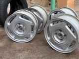 llantas con neumáticos 175/65 r13 - foto