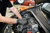 MecÁnico reparaciÓn  motores coches itv - foto